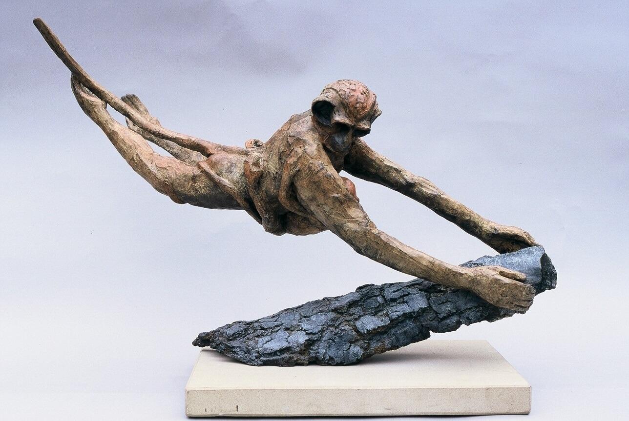 Monkey Landing (Bronze) 109cm x 76cm x 38cm